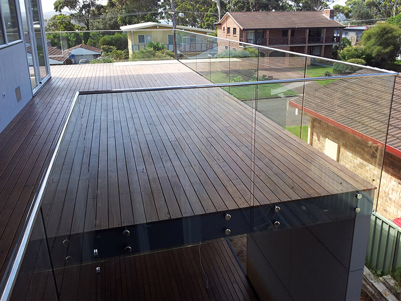 Frameless Face Mounted Glass Balustrades South Coast